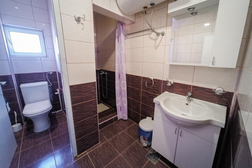 apartmani miletić sokobanja kupatilo