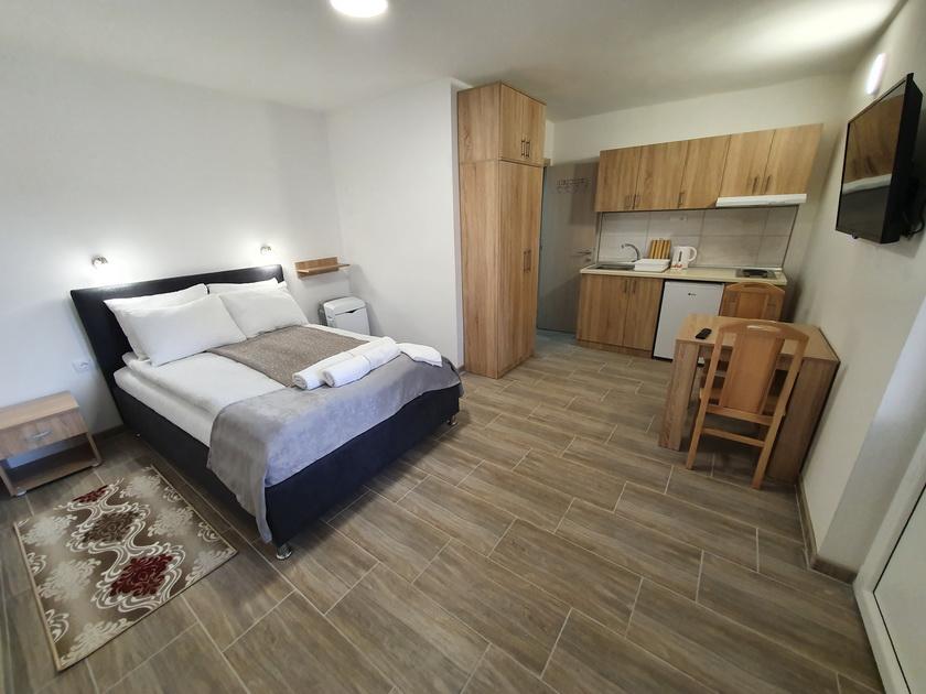 Apartmani i sobe S & M