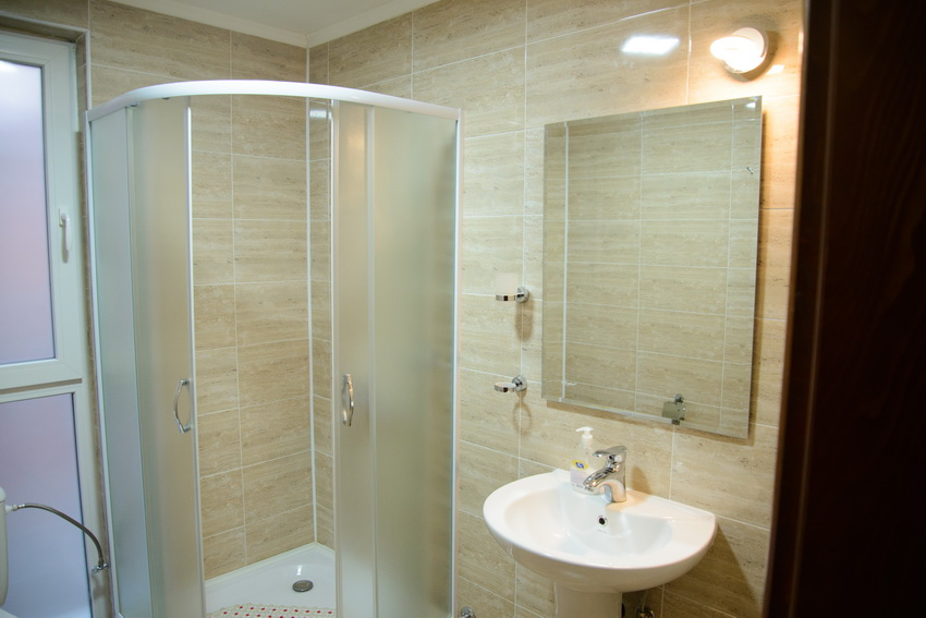 vila markovic sokobanja kupatilo